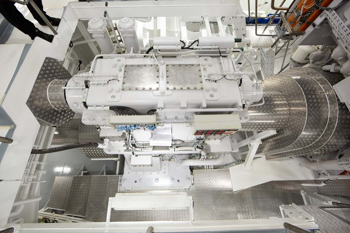 04 Motor KS Elektro Lunar Bow Case